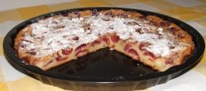 Torta di ciliegie e mandorle