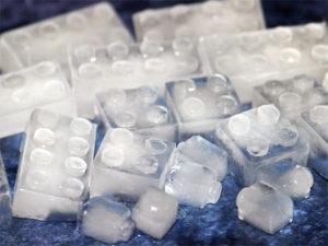 Lego-Ice-Cube-Trays